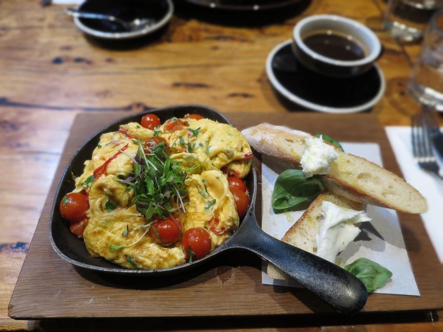 journeyman-chilli-basil-eggs-overhead